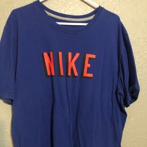 Nike 2XL Tee